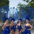 Les Danseuses du Lido - Remise du prix de la ville de Paris lors du Longines Paris Eiffel Jumping au Champ-de-Mars à Paris, le 5 juillet 2015.