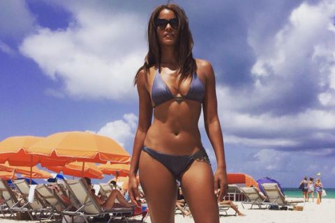 Claudia Jordan : Quadra ultrasexy en vacances !