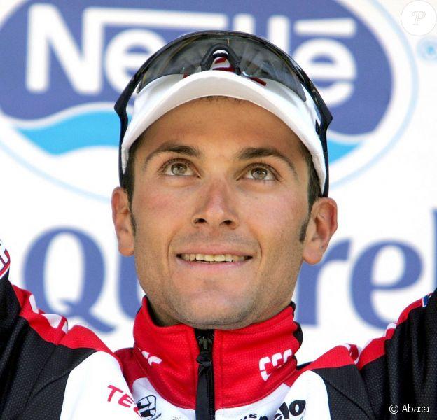 Ivan Basso lors de sa victoire sur le Tour de France à La Mongie, le 16 juillet 2004