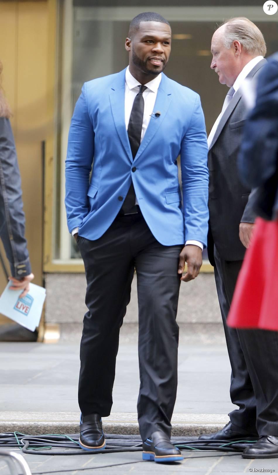 """Le rappeur 50 Cent - Les présentateurs Billy Bush et Bethenny Frankel lors de l'émission de télévision en direct """"Access Hollywood Live"""" reçoivent comme invités Mister T (Laurence Tureaud) et le rappeur 50 Cent (Curtis James Jackson III) au Rockefeller Center à New York le 10 juin 2015."""