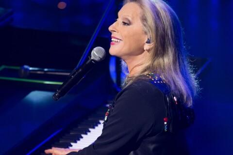 Véronique Sanson : Menacée de mort en plein concert, elle raconte