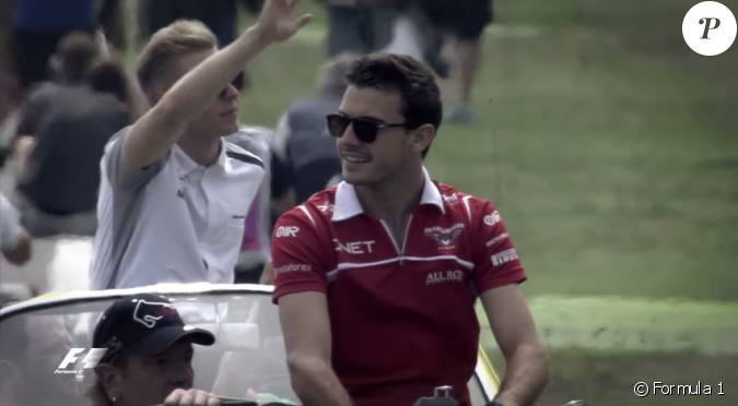 jules bianchi d c d le 17 juillet 2015 capture d 39 cran d 39 une vid o hommage de la formule 1. Black Bedroom Furniture Sets. Home Design Ideas