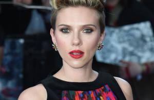 Scarlett Johansson, cheveux rouges et coupe garçonne, dévoile sa métamorphose...