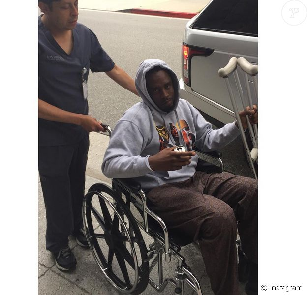P.Diddy après son opération au genou - juillet 2015