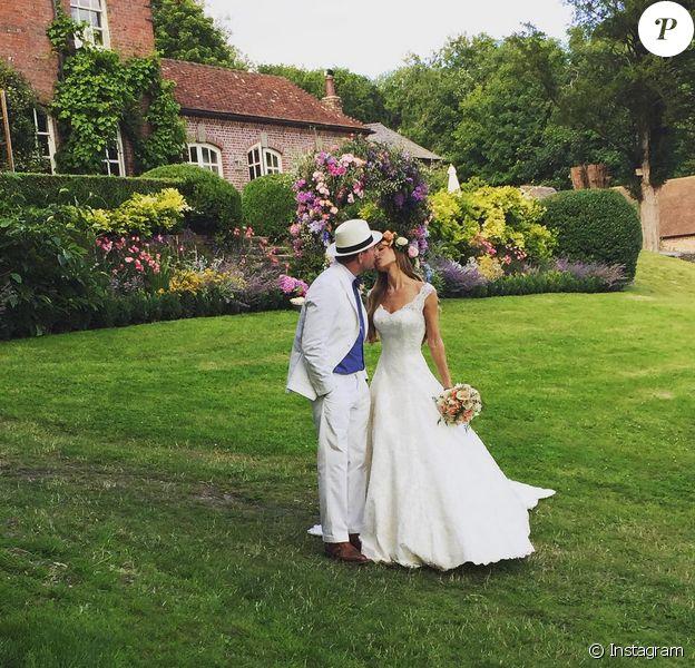 Jacqui Ainsley a épousé le 30 juillet 2015 le réalisateur Guy Ritchie et a partagé sur Instagram cette photo du ''plus beau jour de sa vie''.