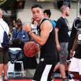 Mark Salling sur le terrain du ESPNLA All-Star Celebrity Basketball Game à Los Angeles, le 7 août 2015