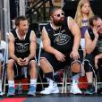 Breckin Meyer, Josh Ostrovsky, Clark Gregg lors du ESPNLA All-Star Celebrity Basketball Game à Los Angeles, le 7 août 2015