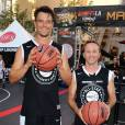 Josh Duhamel, Breckin Meyer lors du ESPNLA All-Star Celebrity Basketball Game à Los Angeles, le 7 août 2015
