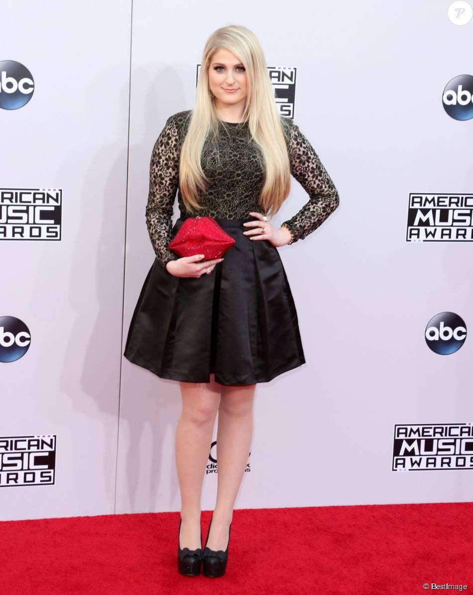 Meghan Trainor lors de la soirée American Music Awards à ...