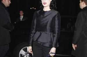 PHOTOS : Dita von Teese change de look !