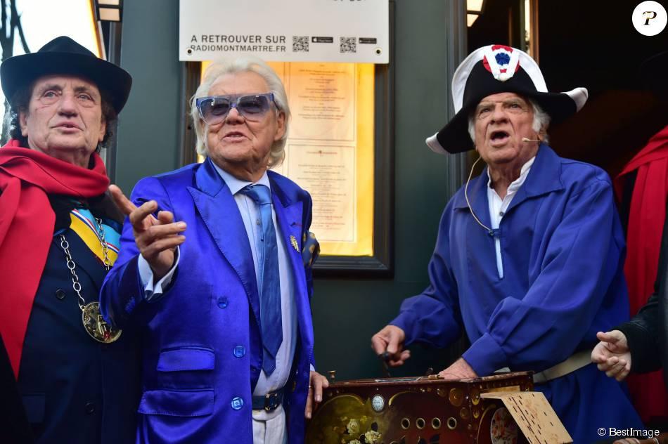 Michou - La République de Montmartre célèbre Radio Montmartre au restaurant La Bonne Franquette à Paris, le 22 avril 2015.