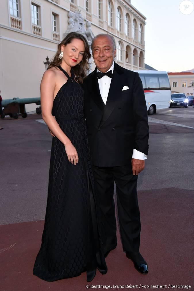 Fawaz gruosi et sa compagne sophie taylor arrivant le 5 septembre 2015 au d ner de gala de la - Sophie jovillard et sa compagne ...