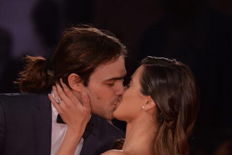 Martina Stoessel amoureuse : La star de Violetta et Peter Lanzani s'affichent !