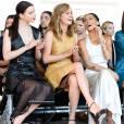 Anya Taylor-Joy, Brie Larson et Zoë Kravitz assistent au défilé Calvin Klein Collection (collection printemps-été 2016) aux Spring Studios. New York, le 17 septembre 2015.