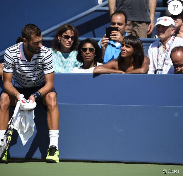 Shy'm sous le charme de Benoît Paire, à moins que ce ne soit l'inverse, lors du huitième de finale du Français à l'US Open à l'USTA Billie Jean King National Tennis Center de Flushing dans le Queens à New York le 6 septembre 2015