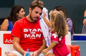 Stan Wawrinka : Papa comblé avec sa petite Alexia, après les embrouilles