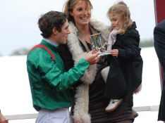 REPORTAGE PHOTOS : Sophie Thalmann, enceinte, et sa petite fille Charlie félicitent l'homme de leur vie !