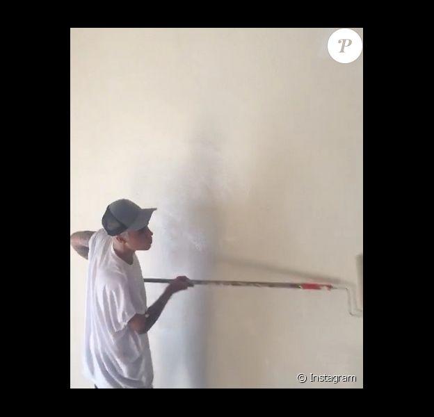Justin Bieber effectue ses travaux d'intérêt général / photo postée sur le compte Instagram du chanteur.
