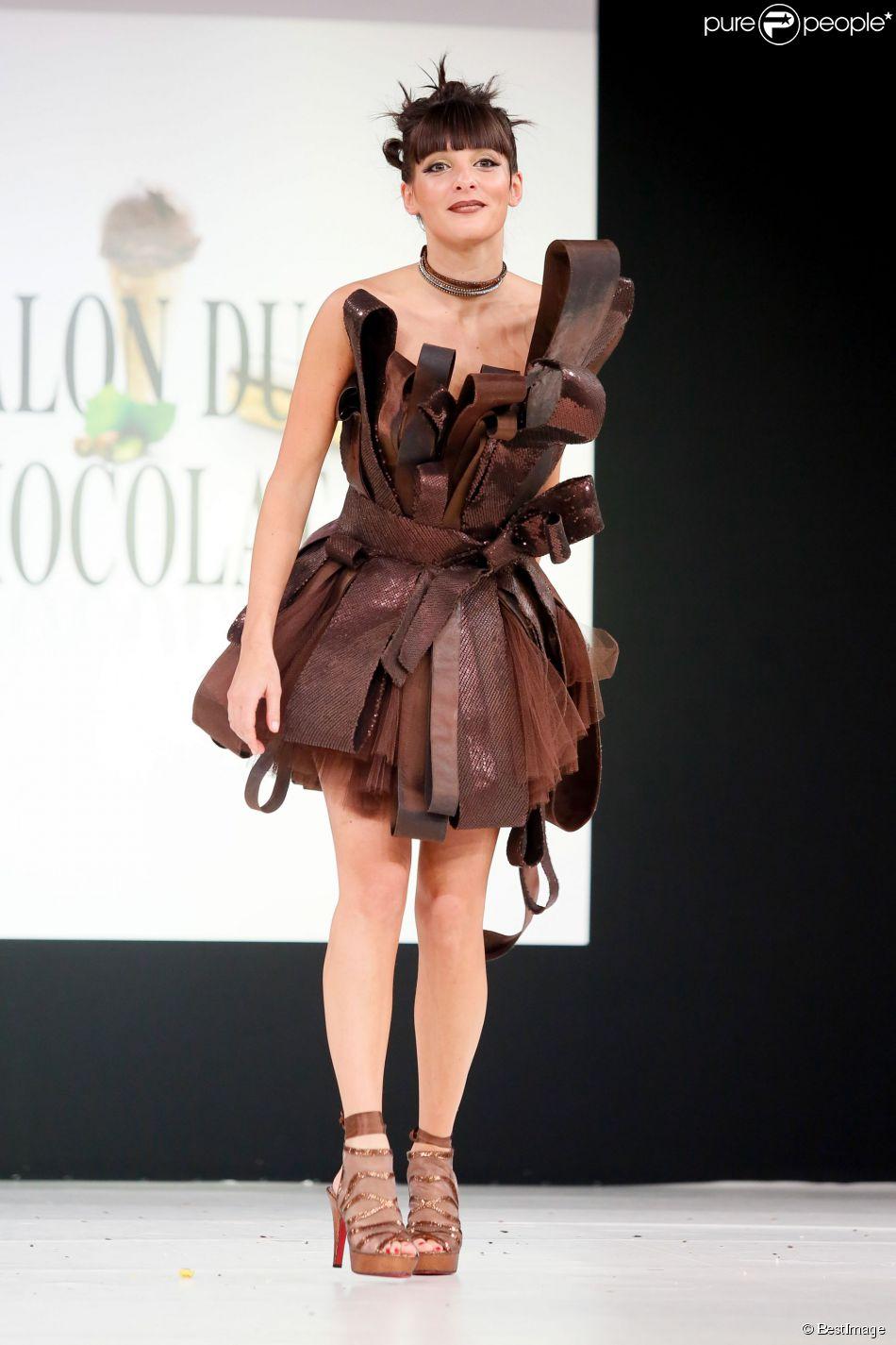 Erika Moulet, au défilé du 20e Salon du Chocolat 2014 au Parc des Expositions de la Porte de Versailles à Paris le 28 octobre 2014.