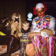 Fergie et son mari Josh Duhamel ainsi que leur fils Axl / photo postée sur Instagram.