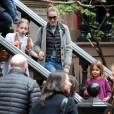 Sarah Jessica Parker et ses filles Marion et Tabitha se baladent pendant Halloween dans les rues de New York, le 31 octobre 2015