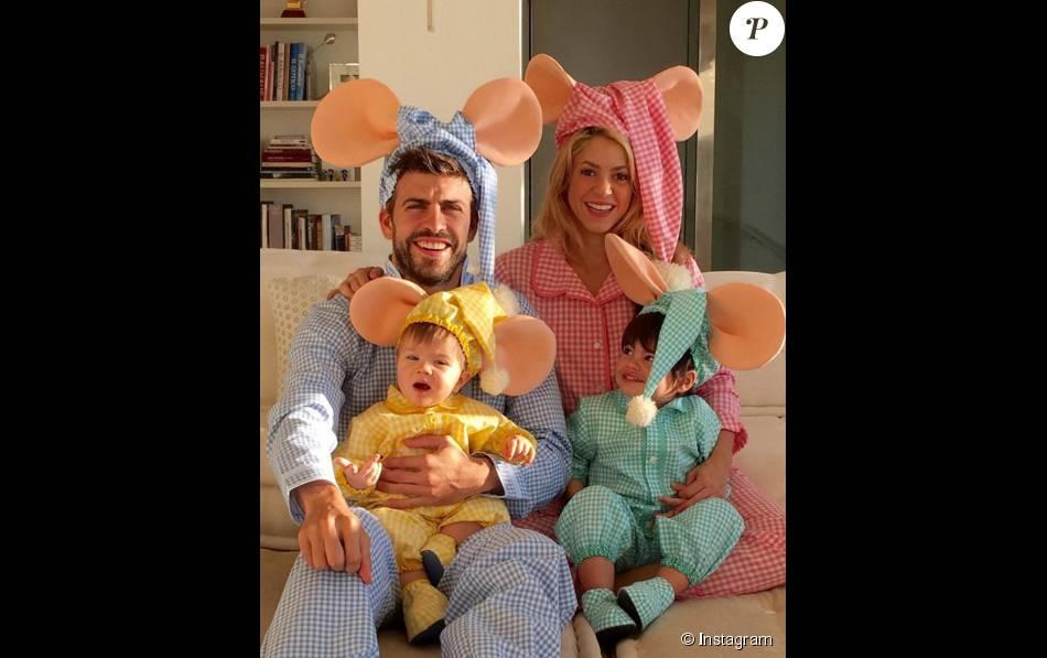 Shakira f te halloween 2015 en famille - Halloween en famille ...