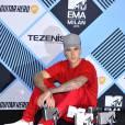 Justin Bieber - Photocall de remise des prix (pressroom) des MTV Europe Music Awards 2015 au Mediolanum Forum à Milan. Le 25 octobre 2015