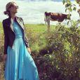 Paris Hilton vit en Suisse au milieu des vaches et des prés / photo postée sur le compte Instagram de l'héritière américaine.
