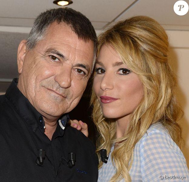 """Jean-Marie Bigard et Lola Marois - Enregistrement de l'émission """"Vivement Dimanche"""" à Paris le 6 octobre 2015"""