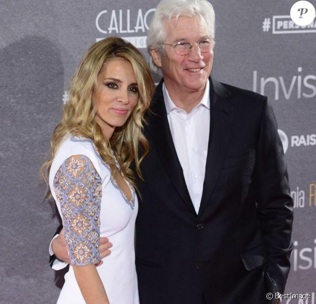 """Richard Gere et sa compagne Alejandra Silva à la première de """"Time Out of Mind"""" à Madrid, le 23 novembre 2015."""