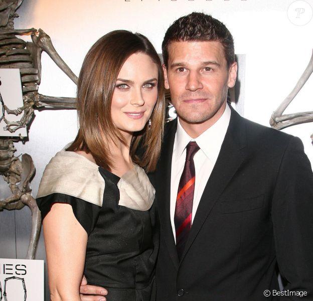 Emily Deschanel et David Boreanaz - Soirée pour célébrer le 100e épisode de Bones. West Hollywood, le 7 avril 2010.