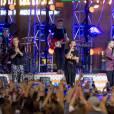 Le groupe One Direction (Harry Styles, Louis Tomlinson, Niall Horan, Liam Payne) en concert lors de 'Jimmy Kimmel Live!' à Hollywood, le 19 novembre 2015. © CPA