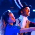 EnjoyPhoenix et son partenaire, dans  Danse avec les stars 6 , le samedi 28 novembre 2015 sur TF1.