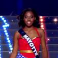 Miss Mayotte - Les 31 Miss défilent en Super Woman, lors de l'élection Miss France 2016 le samedi 19 décembre 2015 sur TF1