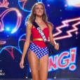 Miss Corse - Les 31 Miss défilent en Super Woman, lors de l'élection Miss France 2016 le samedi 19 décembre 2015 sur TF1