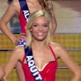 Miss Aquitaine, choisie parmi les 12 finalistes, lors de l'élection Miss France 2016 le samedi 19 décembre 2015 sur TF1