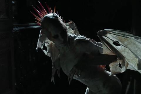 """Mylène Farmer, méconnaissable en monstre dans le sinistre clip de """"City Of Love"""""""
