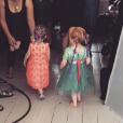 Lily Allen a posté une photo de ses deux petites filles sur son compte Instagram.