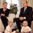 Jacques et Gabriella avec leurs parents - Interview de Charlene et Albert de Monaco au Salon des Glaces du Palais princier de Monaco, décembre 2015.
