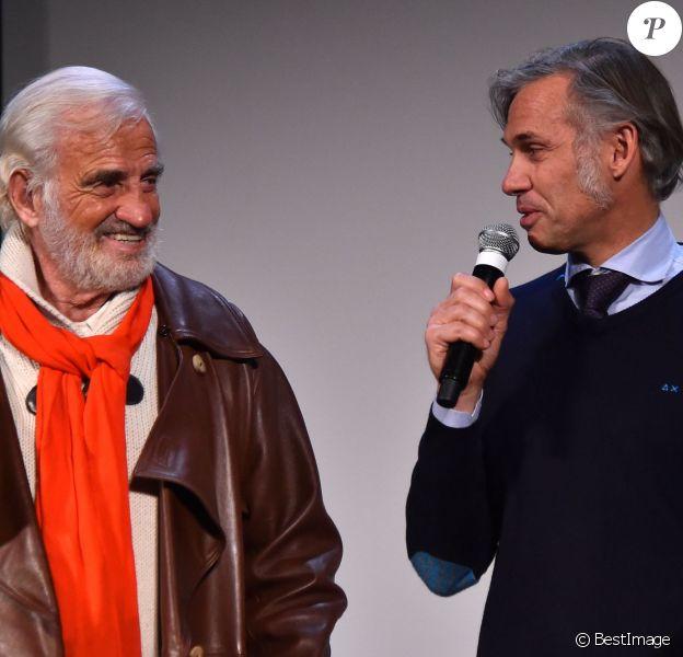 """Exclusif - Jean-Paul Belmondo et son fils Paul Belmondo lors de l'avant-première mondiale du documentaire """"Belmondo par Belmondo"""" au Grimaldi Forum à Monaco, le 11 décembre 2015."""