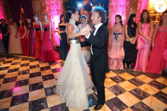 St phane bern danse avec princesse qui n 39 est pas une - Princesse qui danse ...