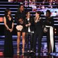 L'équipe de The Talk, Julie Chen, Aisha Tyler, Sara Gilbert, Sharon Osbourne et Sheryl Underwood aux People's Choice Awards 2016 à Los Angeles, le 6 janvier.