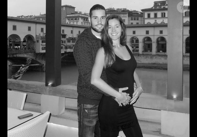 Malena Costa, enceinte, et Mario Suarez - janvier 2016