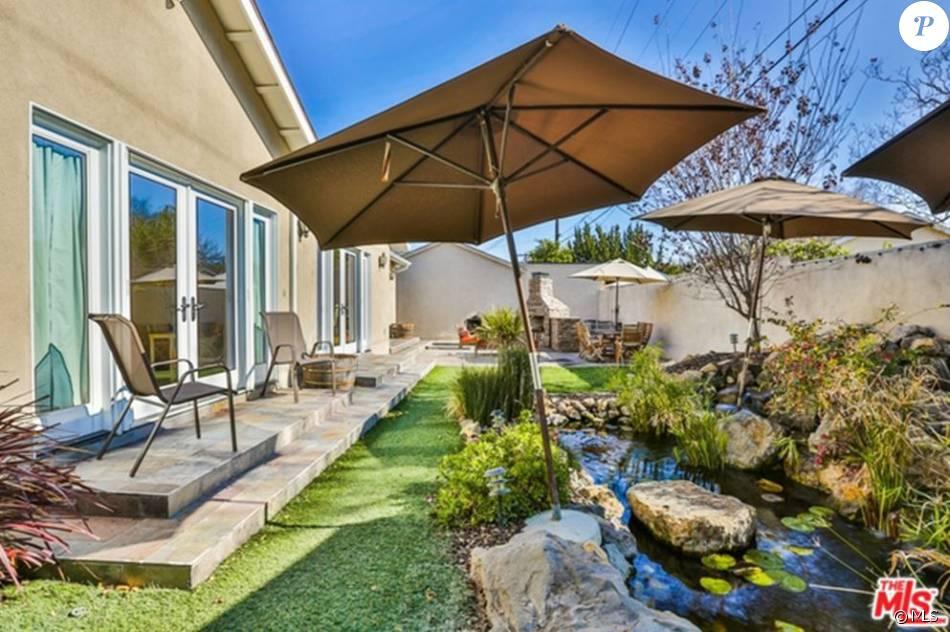 megan fox sa maison en vente pour 1 3 million de dollars purepeople. Black Bedroom Furniture Sets. Home Design Ideas