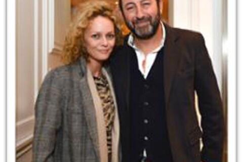 Vanessa Paradis : Coiffure sauvage et mine radieuse pour la belle de 42 ans