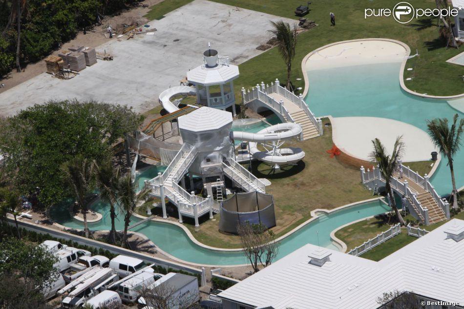 C line dion met en vente sa magnifique maison de jupiter island en floride pour la somme de 62 - Maison de celine dion a las vegas ...