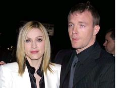 PHOTOS : Madonna et Guy Ritchie tirent un trait sur 8 ans d'amour...