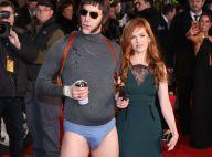 Sacha Baron Cohen : En slip devant sa superbe femme Isla Fisher
