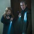 Stephen Dillane et Clémence Poésy dans Tunnel