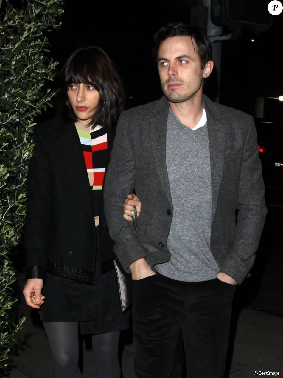 Casey Affleck et sa femme Summer sont allés dîner au restaurant Osteria Mozza pour la Saint-Valentin à Hollywood. Le 14 février 2013